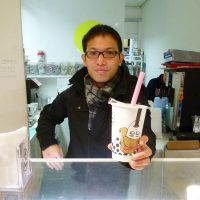 Lin Nung's Milktea & pearl in Shoreditch, East London, serving up one of his shop's offerings. (Photo: Mark Caltonhill)